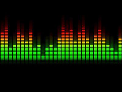 Каква е връзката между мощност и ниво на звука?
